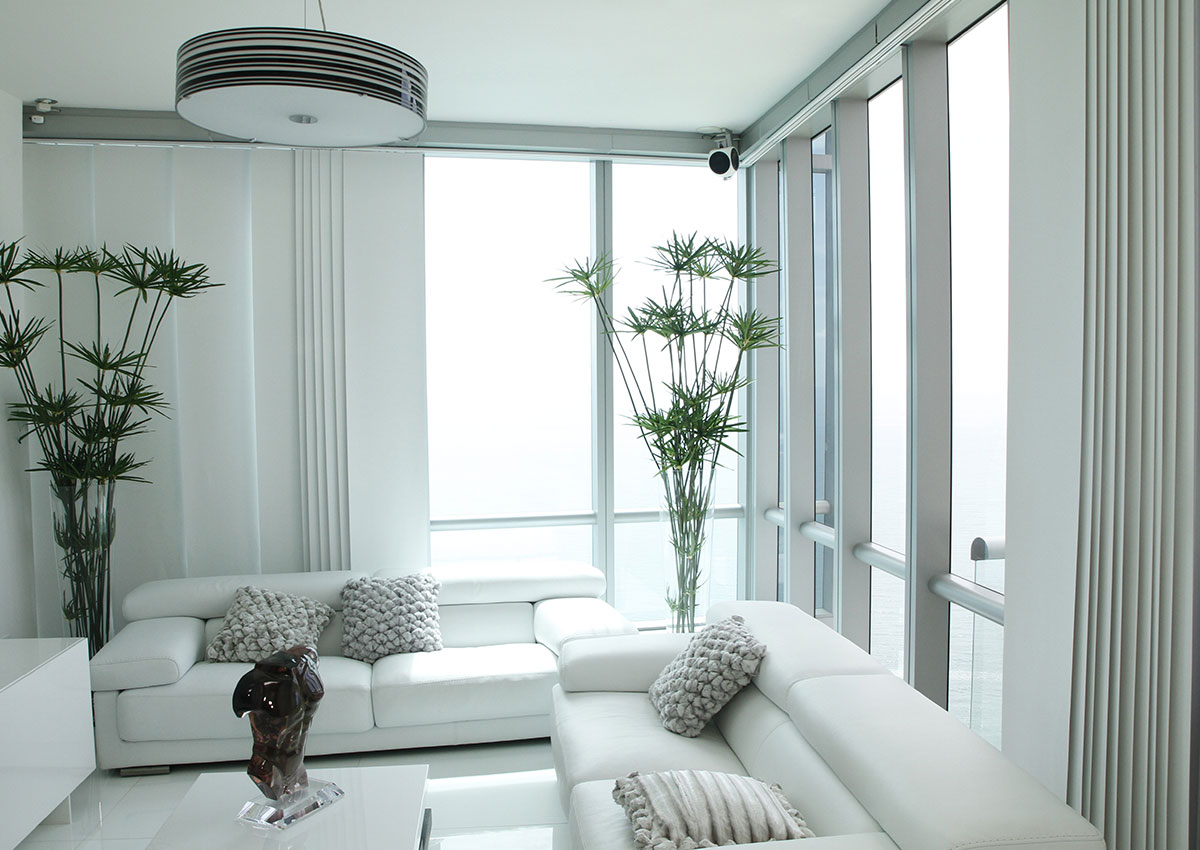 High-Rise-Apartment-Panel-Blinds-1200×850