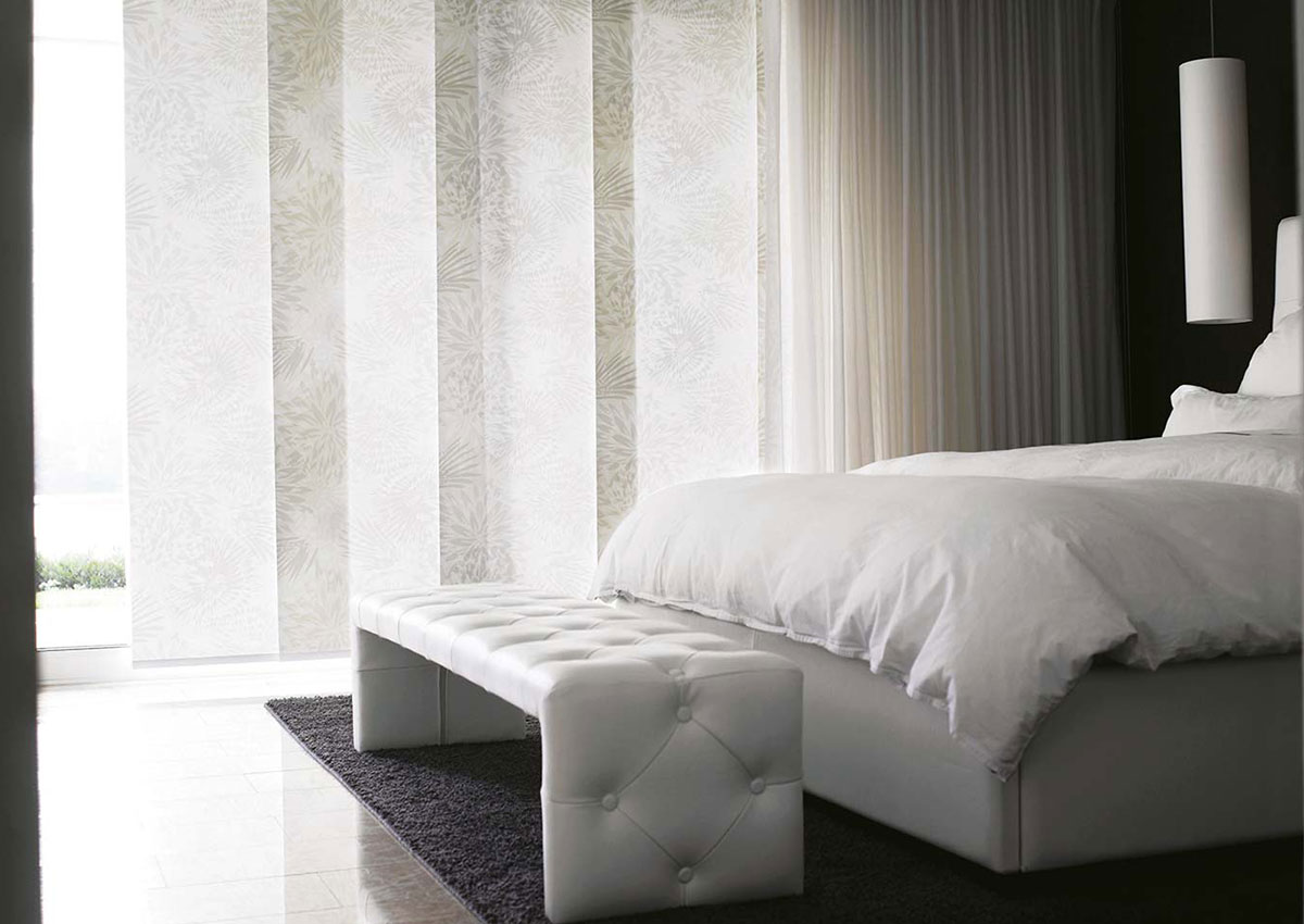 Pattern-Panel-Blinds-For-Bedroom-1200×850