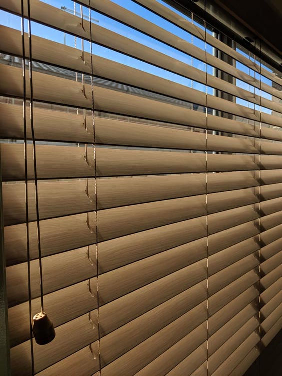 Fauxwood PVC Ventian Blinds by Flush Fitment